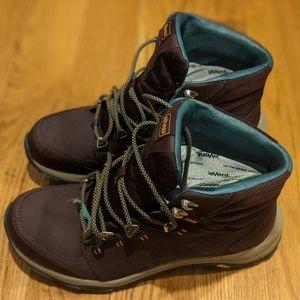 Teva women's hiking boots